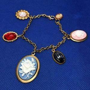 "🆕7"" Mixed Vintage Cameo Charm Bracelet"